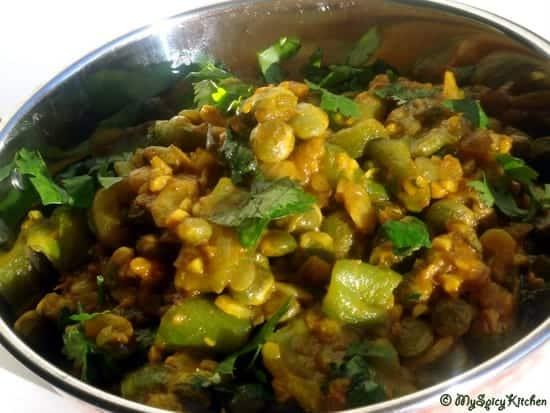 beerakaya kandikaya koora, ridge gourd pigeon peas curry