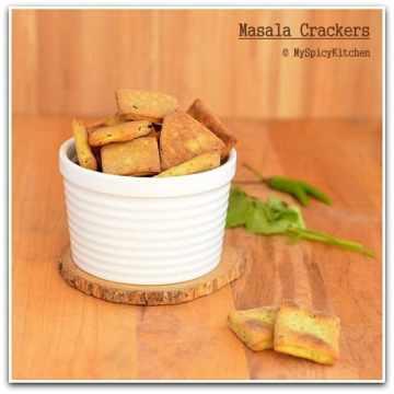 Spicy Crackers, Blogging Marathon, Baking Marathon, FireUpYourOven, Savory Bakes