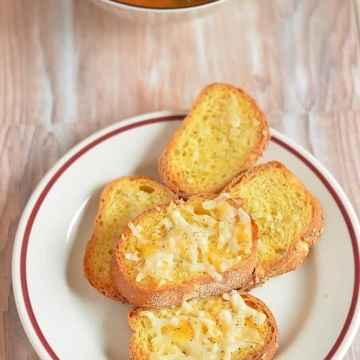 Blogging Marathon, Buffet On Table, Italian Bread, Italian Food, Italian Sandwich, Italian Cuisine, Bruschetta,