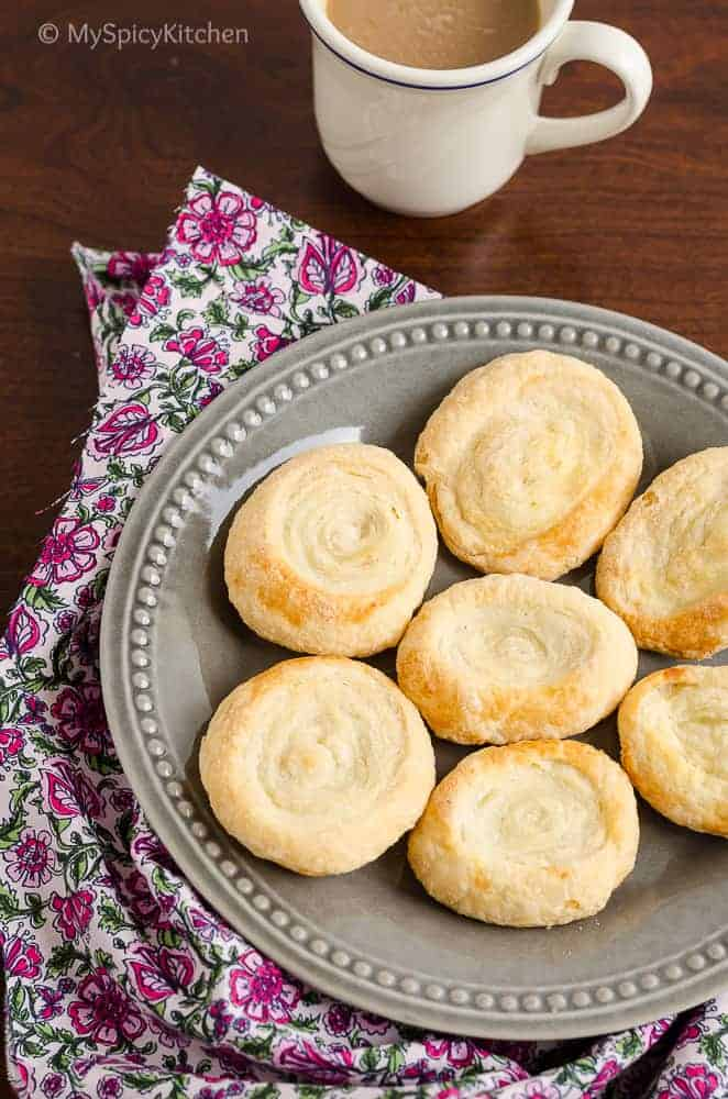 Hyderabad Food, Hyderabad Cuisine, Telangana Food, Bakes, Biscuits, Recipes with Puff Pastry, Biscuits, Blogging Marathon, Bake-a-thon, 3 ingredient recipes, 3 ingredient biscuits,