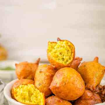 Pholourie, Deep fried Trinidadian snack, Trinidadian Food, Guyanese Food, Deep Fried fritters,