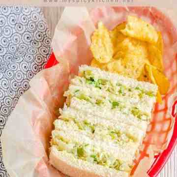 Cabbage bell pepper sandwiches