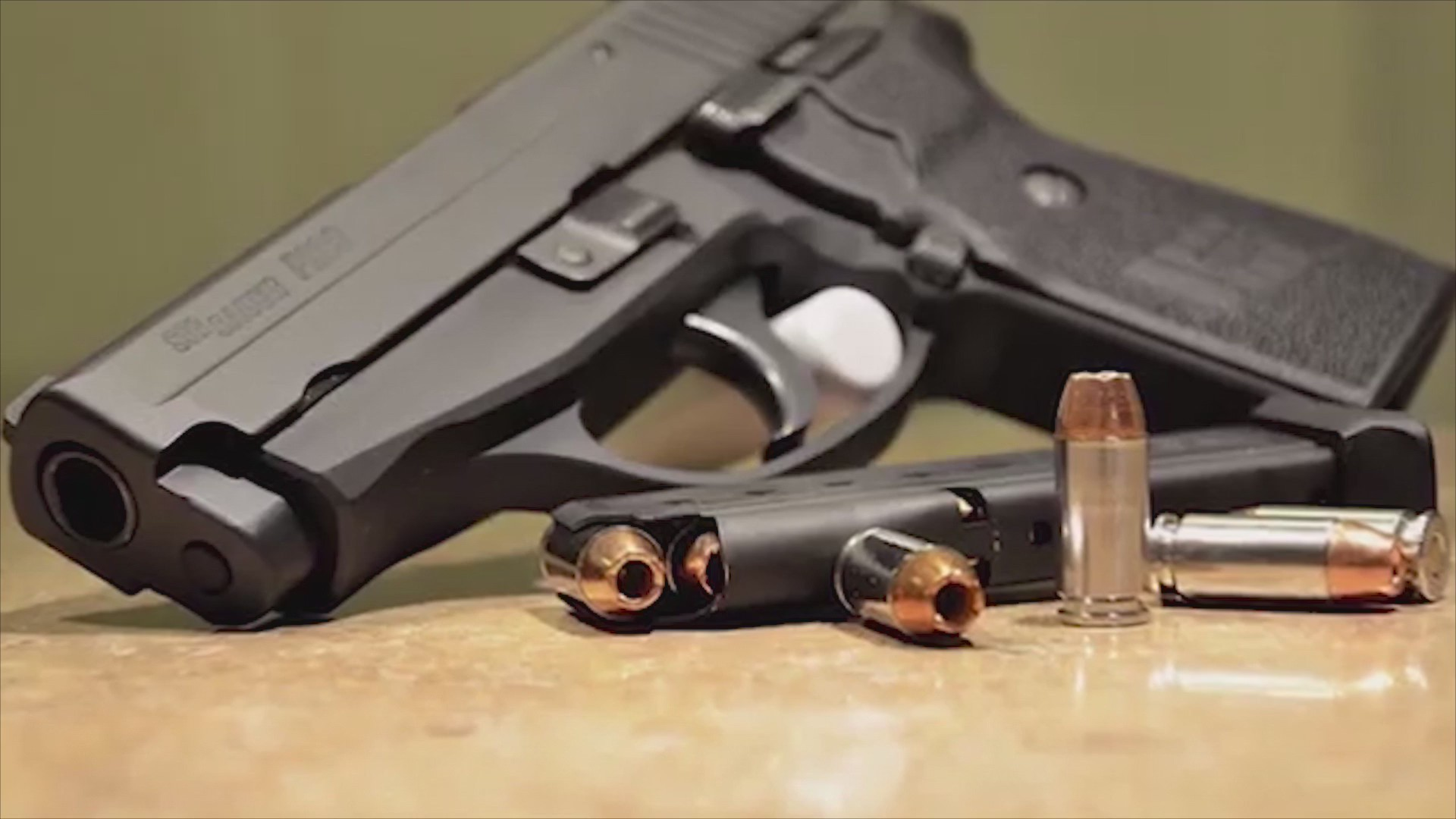 Officials_share_safety_tips_to_keep_guns_0_20190410231815