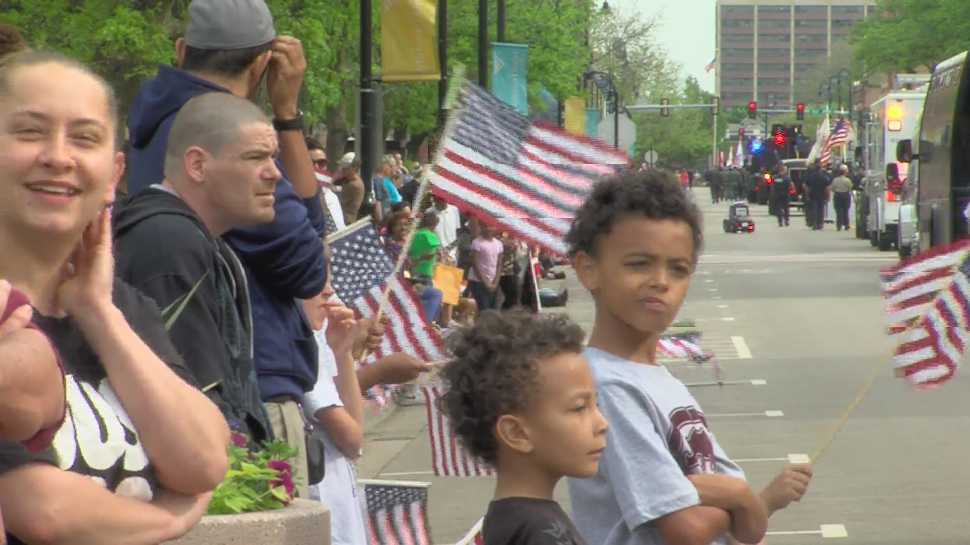 Rockford turns out to honor fallen soldiers with annual Memorial Day parade