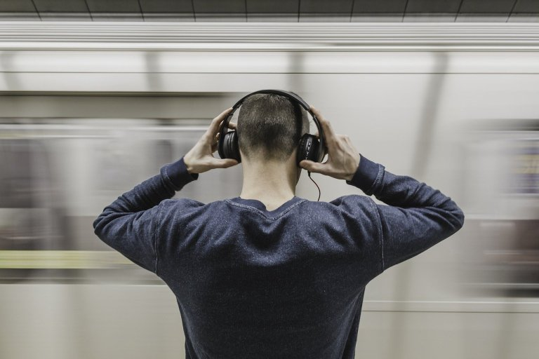 10 Mystery and Thriller Audiobooks Listeners Are Raving About Now
