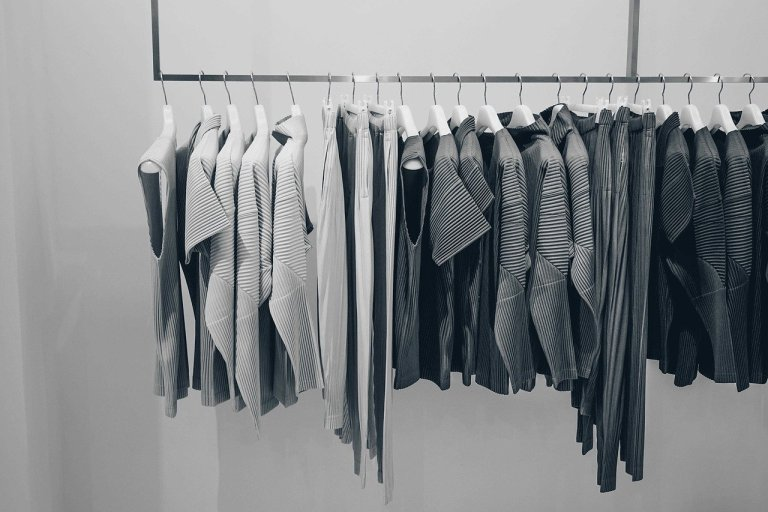 Mystery For Fashion Enthusiasts Designer Dirty Laundry By Diane Vallere
