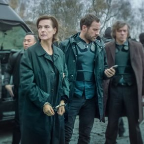 Best French Crime Drama, Mystery And Thriller Shows On Netflix 2019 Edition la mante