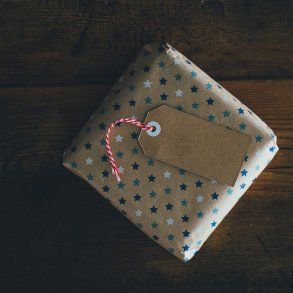 Gift by Tom Barlow Mystery Tribune 12
