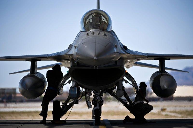 Nellis F-16
