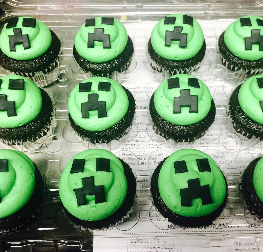 Minecraft Cupcakes Miss Moffetts Mystical Cupcakes