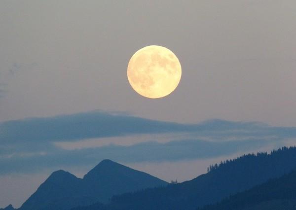 full-moon-mysticmamma