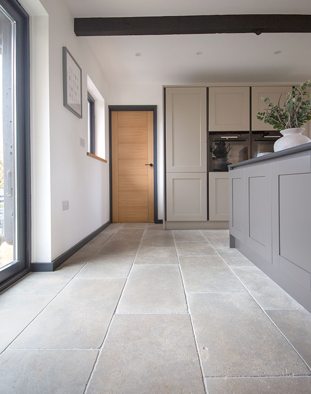 clermont gris aged tumbled limestone tiles