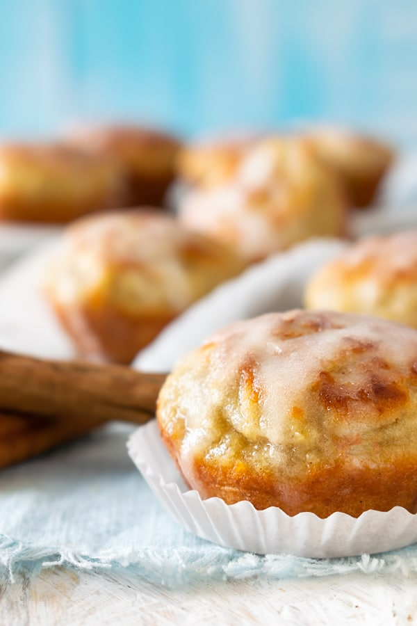 """These cinnamon rolls are not only simple, but they're also quick and easy. If you need a low-carb dessert in a hurry, this could quickly become your default """"oh my gosh, the in-laws will be here in thirty minutes and I don't want to destroy my diet so I need something sweet now"""" rescue recipe! #keto #lowcarb"""