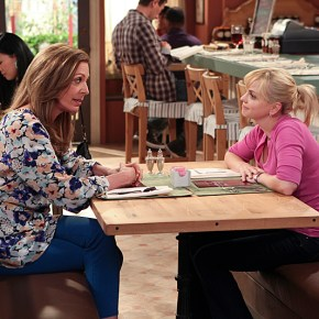 """""""Pilot"""" -- CBS's new comedy MOM stars Anna Faris (right) as Christy, a newly sober single mom raising two children in a world full of temptations and pitfalls, and Allison Janney as her passive-aggressive, recovering alcoholic mother.   MOM will premiere this Fall, Mondays (9:30-10:00 PM ET/PT) on the CBS Television Network.  Photo: Monty Brinton/CBS © 2013 CBS Broadcasting, Inc. All Rights Reserved."""