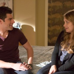 "NEW GIRL: Schmidt (Max Greenfield, L) tells Elizabeth (guest star Merritt Wever, R) he wants to continue their relationship in the ""All In"" season premiere episode of NEW GIRL airing Tuesday, Sept. 17 (9:00-9:30 PM ET/PT) on FOX. ©2013 Fox Broadcasting Co.  Cr: Jennifer Clasen/FOX"