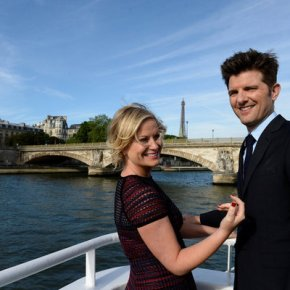 "PARKS AND RECREATION -- ""London"" Episode 601/602 -- Pictured: (l-r) Amy Poehler as Leslie Knope, Adam Scott as Ben Wyatt -- (Photo by: Pascal Le Segretain/NBC)"