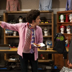 "PARKS AND RECREATION -- ""London"" Episode 601/602 -- Pictured: (l-r) Ben Schwartz as Jean-Ralphio, Aziz Ansari as Tom Haverford -- (Photo by: Colleen Hayes/NBC)"