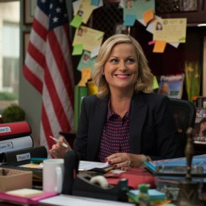 "PARKS AND RECREATION -- ""London"" Episode 601/602 -- Pictured: Amy Poehler as Leslie Knope -- (Photo by: Colleen Hayes/NBC)"