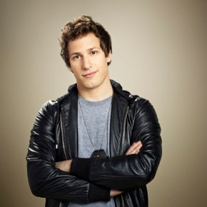 BROOKLYN NINE-NINE: Andy Samberg as Detective Jake Peralta . BROOKLYN NINE-NINE premieres Tuesday, Sept. 17 (8:30-9:00 ET/PT) on FOX. ©2013 Fox Broadcasting Co. Cr: Mary Ellen Matthews/FOX