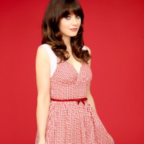 NEW GIRL:  Zooey Deschanel returns as Jess.  The third season of NEW GIRL premieres Tuesday, Sept. 17 (9:00-9:30 PM ET/PT) on FOX.  ©2013 Fox Broadcasting Co.  Cr:  Alexei Hay/FOX