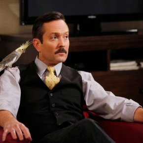 SEAN SAVES THE WORLD -- Pilot -- Pictured: Thomas Lennon as Max -- (Photo by: Vivian Zink/NBC)