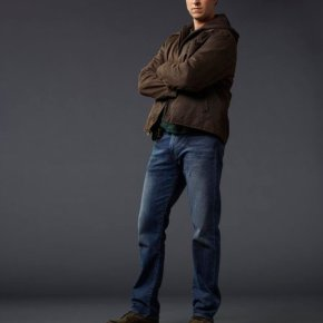IRONSIDE -- Season:Pilot -- Pictured: Pablo Schreiber as Virgil -- (Photo by: J.R. Mankoff/NBC)