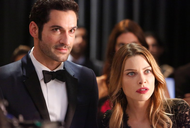 LUCIFER: L-R: Tom Ellis and Lauren German in the ÒWingmanÓ episode of LUCIFER airing Monday, March 7 (9:01-10:00 PM ET/PT) on FOX. ©2016 Fox Broadcasting Co. CR: FOX