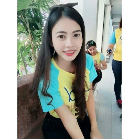 Thai Girl – Bee