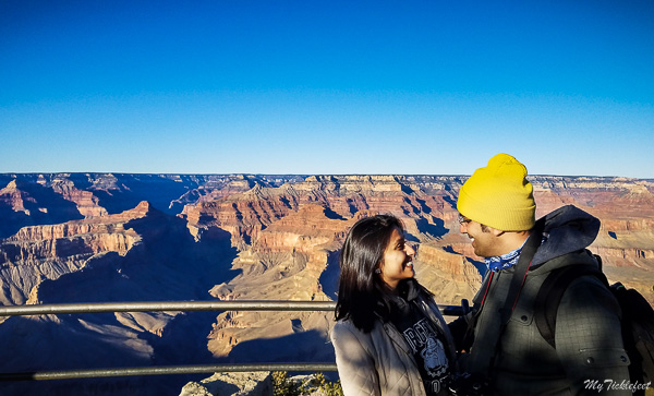 A family getaway in Grand Canyon during Thanksgiving