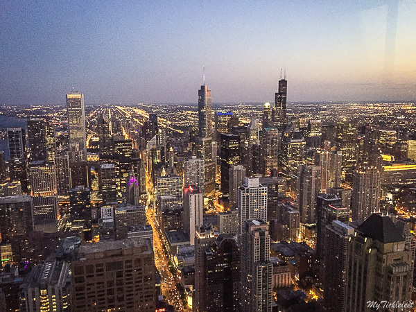 Get the best Chicago skyline views from Signature Lounge
