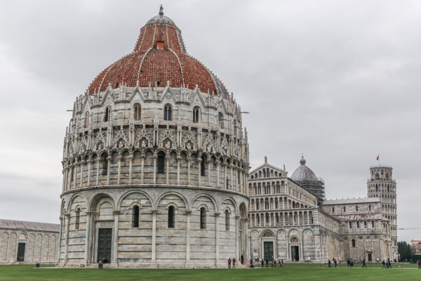 Half day trip to Pisa from Florence on a budget