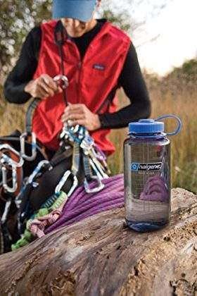 the-best-water-bottles-for-camping-and-hiking