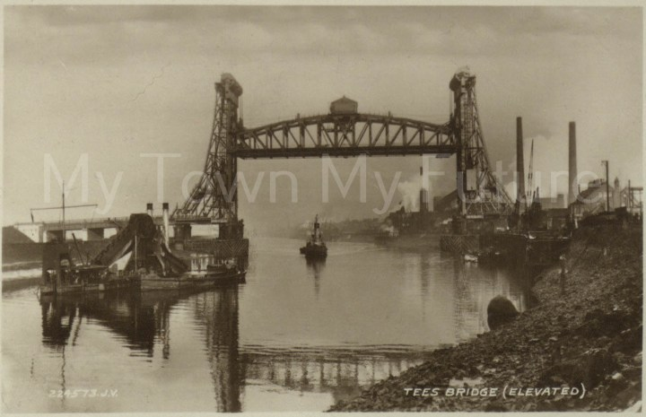 Newport Bridge - Postcard Mrs KIng