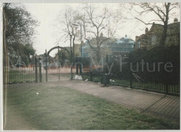 Ayresome School  (2001)