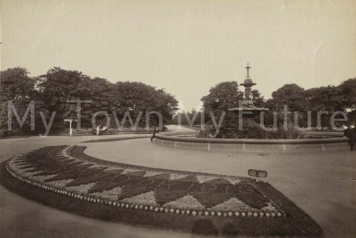 Albert Park - Fountain which was presented by Joseph Pease Esq.