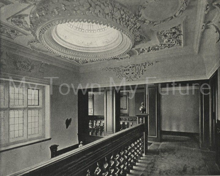 Acklam Hall plaster ceiling