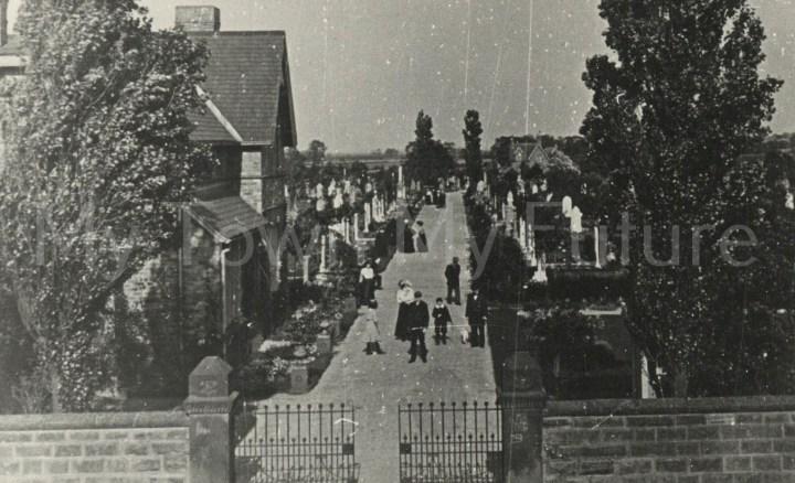 Normanby, Cemetery Walk