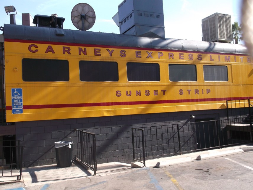 Carneys Restaurant am Sunset Boulevard in Los Angeles