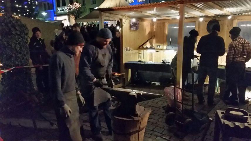 Kemnather Candlelight Shopping