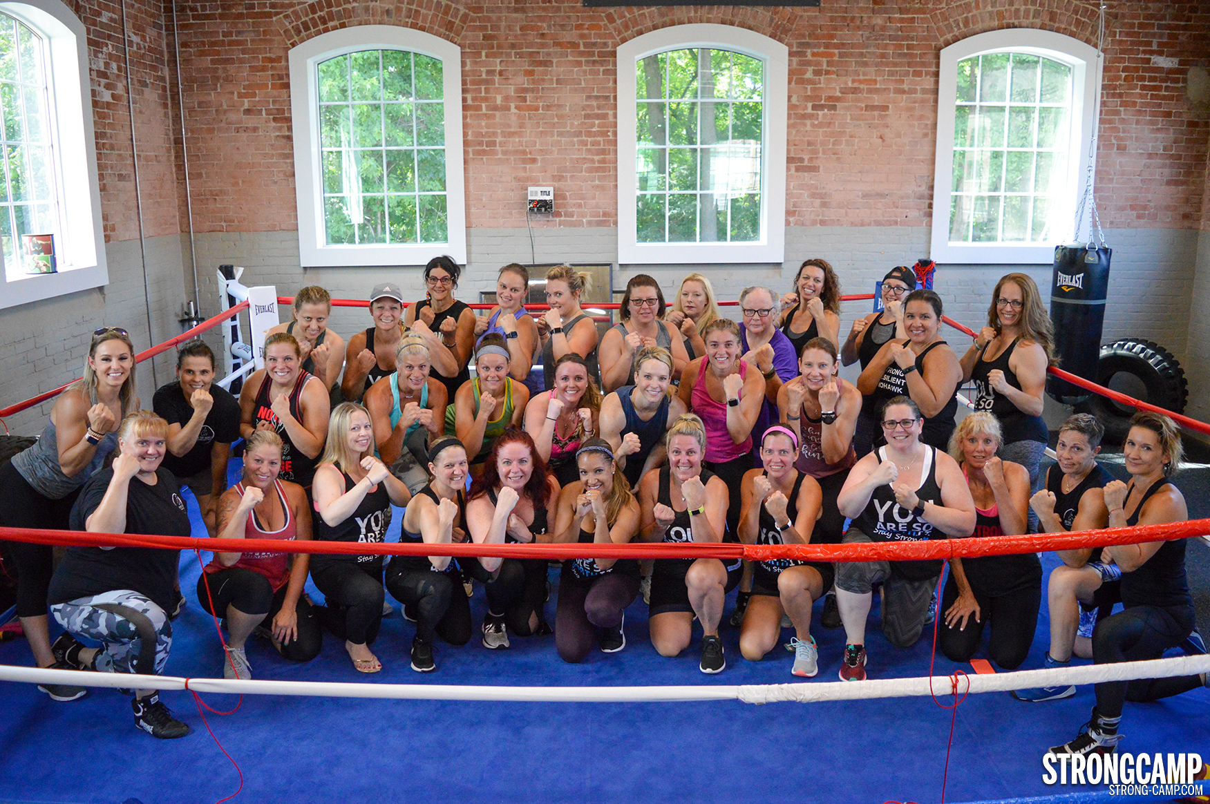 STRONGCAMP boxing at on the ropes group photo