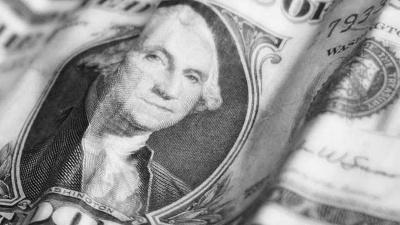 Closeup-of-dollar-bill--money--George-Washington_20151015050003-159532