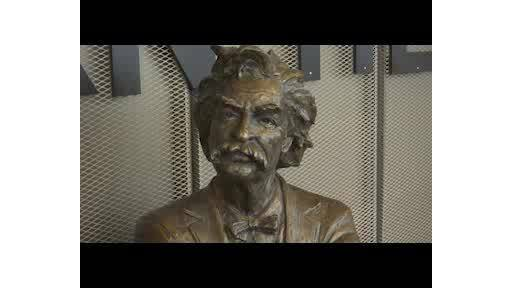 Mark_Twain_Statue_0_20181026125255