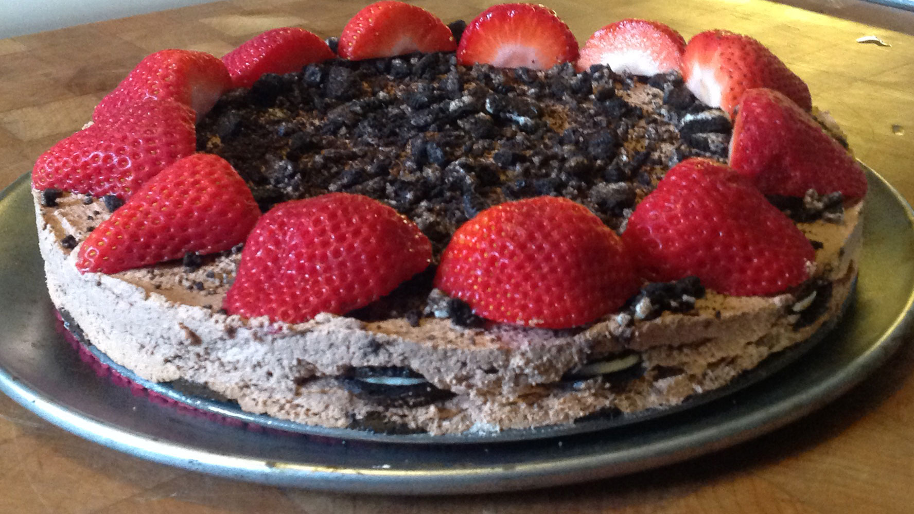 Strawberry-Oreo-Icebox-Cake_1558367105155.jpg