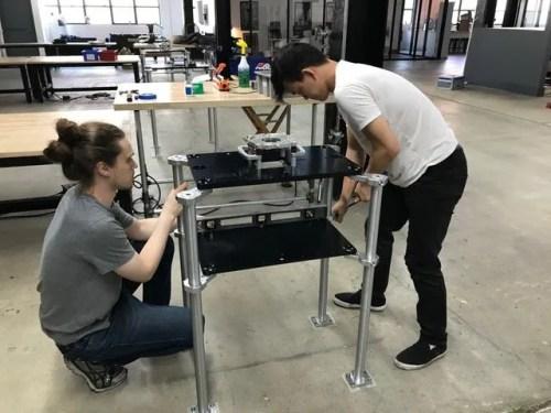 mytworks-pedestal-installation-arri-rental