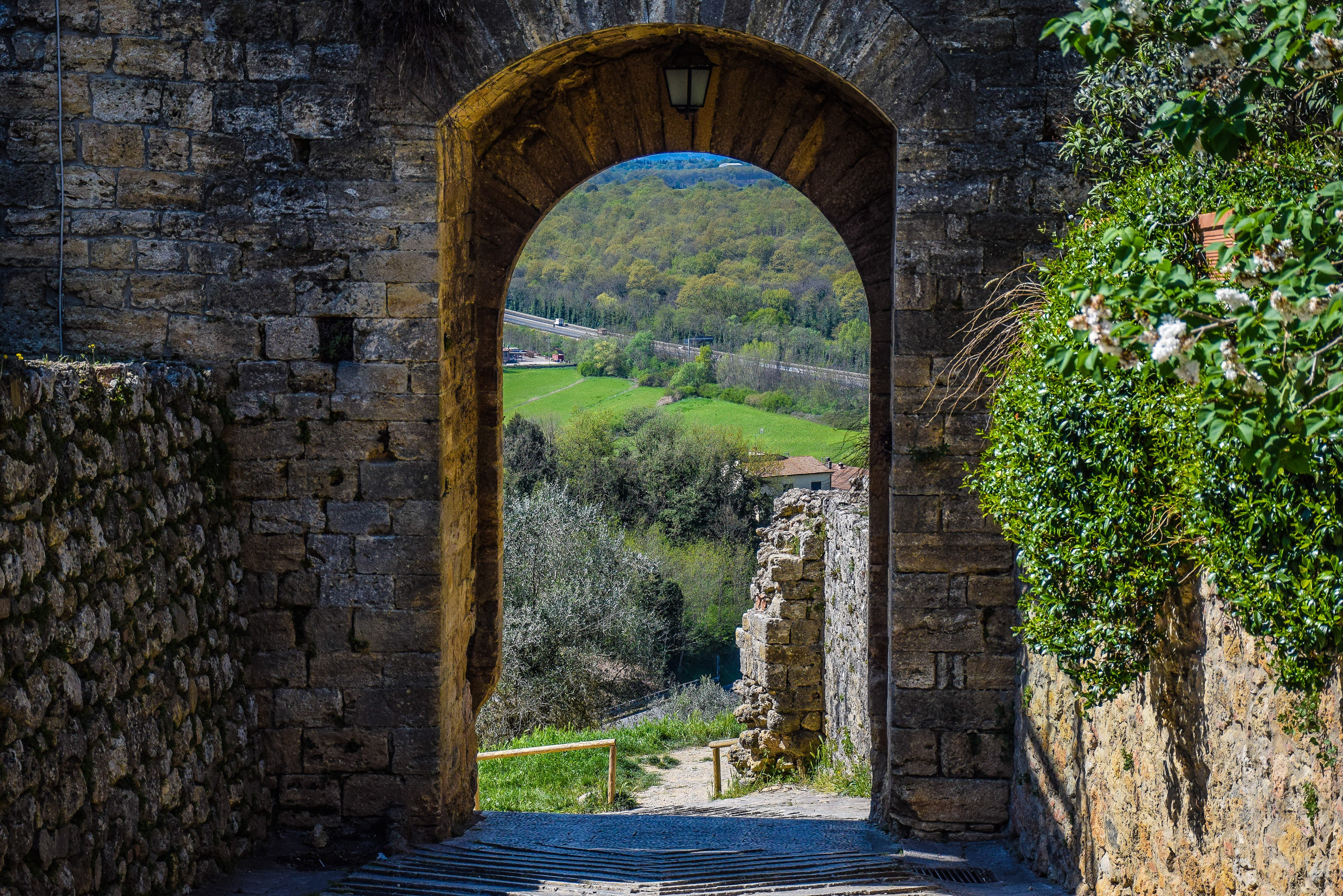 Tuscany, medieval, perspectives