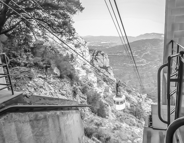 Day trip to Montserrat | 4 days in Barcelona, Spain, Catalonia | Things to do in Barcelona | What to do in Barcelona | Catholic monastery | Catalunya | 1 day in Montserrat | Serrated Mountains | funicular, cable car, gondola