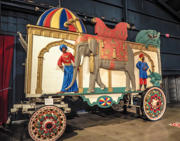 How creepy is the Ringling Brothers Circus Museum   Sarasota, Florida   Barnum and Bailey Circus   Greatest Show on Earth   The Greatest Showman   Circus history   Clowns   caravan