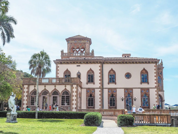 The Ringling // Getting My Italy Fix in Florida   Ringling   Ringling art museum and sculpture garden   Sarasota, Florida   The Ringling art museum   Ca' d'Zan outside