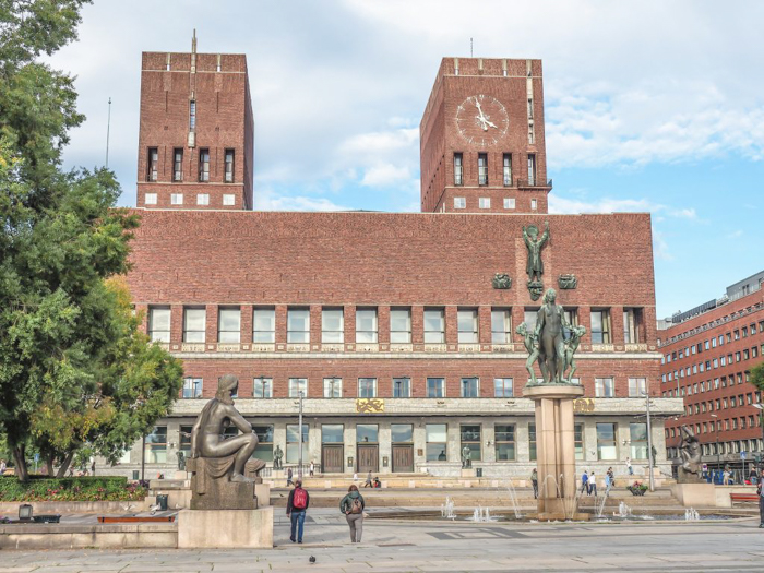 24 HOURS IN OSLO, NORWAY -- OSLO CITY HALL