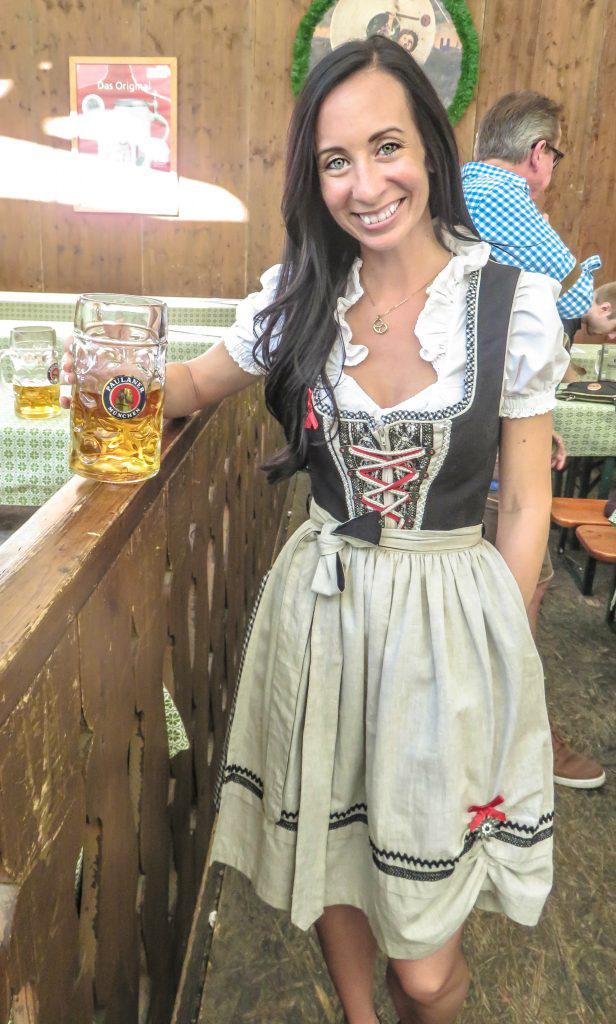 My Wanderlusty Oktoberfest Recap | What it's like at Oktoberfest in Munich, Germany | What it's like to travel to Oktoberfest with Thirsty Swagman | Oktoberfest beer tents | Oktoberfest food and beer | What to wear to Oktoberfest | Oktoberfirsts | How to dress for Oktoberfest